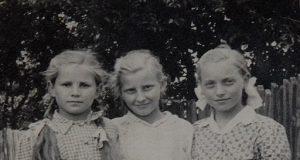 Slavica Kos rođ. Štuban, Ana Navračić rođ. Cvetnić i Slavica Šturm rođ. Štuban